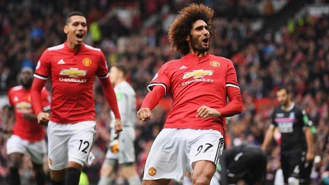 Fellaini stars as United hit Palace for four