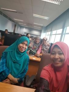 Muka-muka peserta yang baru nak belajar edit webpage
