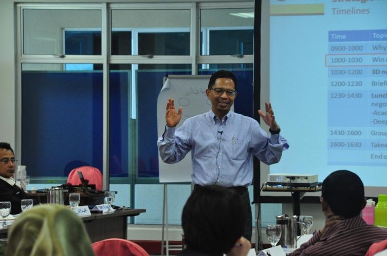 UTM Leadership Discourse: Communications